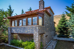 where to stay Arachova livadi Parnassos